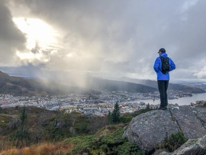 Norge Bergen – Utsikt fra Fjell-hytten (Fløyen)
