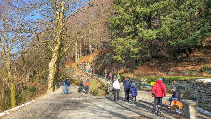 Norge Bergen - På tur i Fjellveien