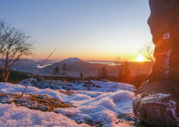 Bergen Norge - Ut på fjelltur på Fløyen Bergen