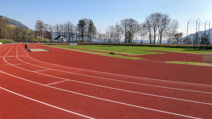Norge Bergen - Søndagstur til Skansemyren Stadion og trampoline